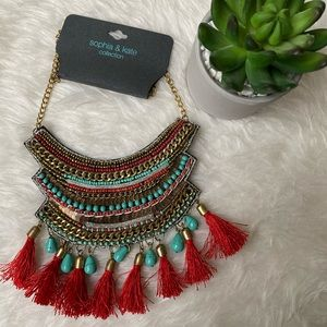 🆕 NWT Embellished Statement Necklace